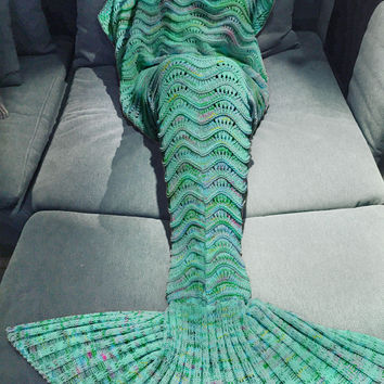 Mint Rainbow Scale Knitted Mermaid Tail Blanket Sofa Bedding Home Gift