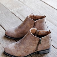 Saber Ankle Boot, Chestnut