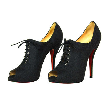 CHRISTIAN LOUBOUTIN Grey Wool Lace-Up Peeptoe Booties Sz. 40