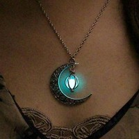 Glow-in-the-Dark Moonlight Necklace (4 Color Options)