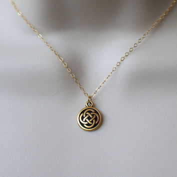 Gold Celtic Knot Disc, Gold Necklace, Dainty Necklace, Celtic Knot, Celtic Jewelry, Gold Jewelry, Layering Necklace, Ireland