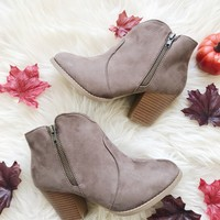 CHRISTINA SUEDE BOOTIE- TAUPE