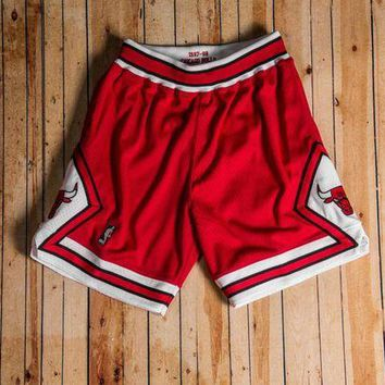 CREYGE2 Beauty Ticks Mitchell & Ness - 1997-98 Authentic Shorts Chicago Bulls Red/white/black