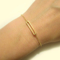 Open Rectangle Bracelet / Gold Rectangular Bracelet / Mini Rectangle / Minimalistic Everyday Jewellery / Geometrical Jewelry / B412