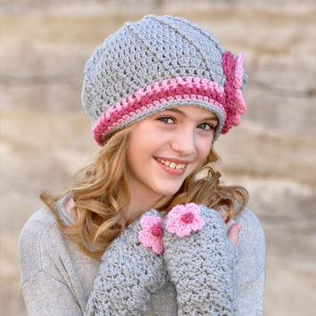 Texting Mittens for Kids Tweens Gray Grey and Pink with Flower