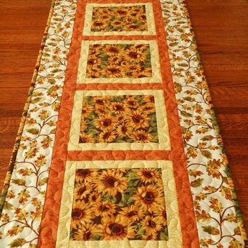 Fall Quilted Table Runner, Sunflowers and Leaves, Rust Gold and Brown, Autumn Leaves, Autumn Table Runner, Quilted Table Mat, Table Quilt