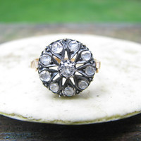 Striking Vintage to Antique 18K Gold Diamond Ring - Old Mine Cut and Rose Cut Diamonds