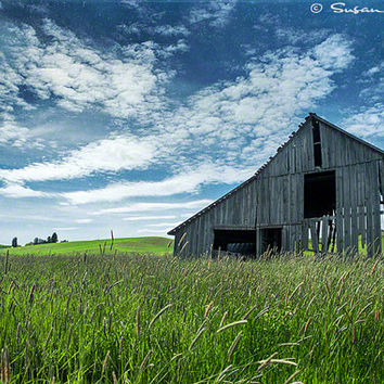 Landscape Photograph, Vintage Barn Photo, Farmland Photograph, Color Photograph, Wall Art, Home Decor, Fine Art, Blue, Green, Still Standing