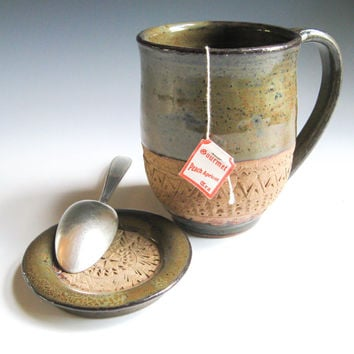 Coffee Mug with Lid, Hand-carved Mug with Cover, Lidded Tea Cup