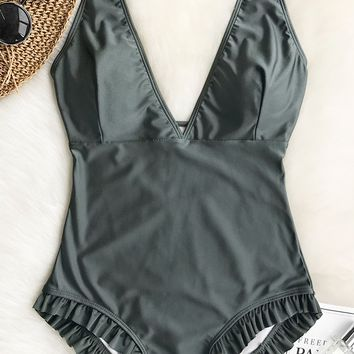 Cupshe Sweet Smile Solid One-piece Swimsuit