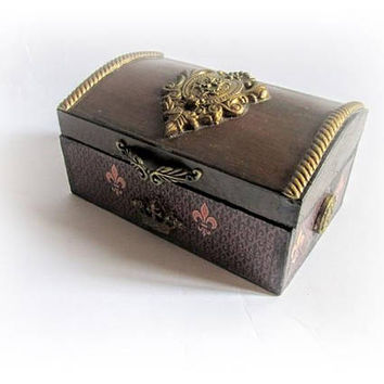 Small Jewelry Chest Antique Ring Earing Box Retro Jewelry Box Trinket Box Vintage Chest Christmas Gift for Mom Maid of Honor Gift Bridesmaid