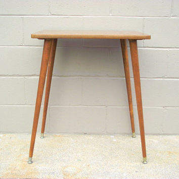 Mid Century Modern Table Paul McCobb Style   Long Tapered Peg Le