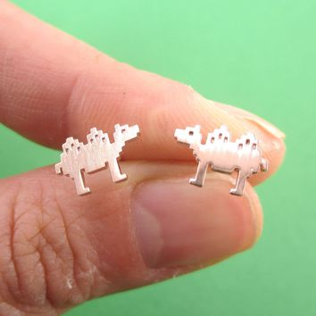 Pixel Camel Shaped Allergy Free Stud Earrings in Rose Gold