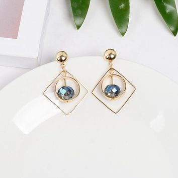 New Extremely Minimalist Fashion Geometry Dazzle Colour Crystal Round Bead Delicate Earrings Earrings Female Jewelry Earring