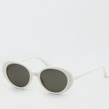 Round Clout Sunglasses, White