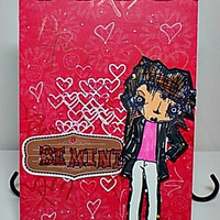 Be Mine Handmade Valentine Card .