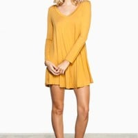 BACK TO BASICS DRESS IN MUSTARD