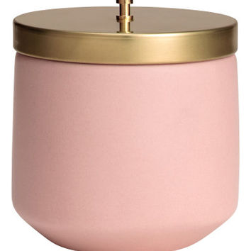H&M Scented Candle in Holder $12.99