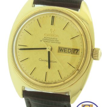 Vintage 1968 Omega Constellation C 18K Yellow Gold Day Date 168.029 33mm Watch