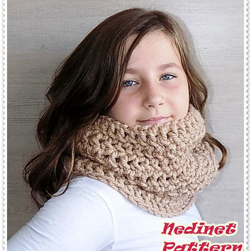 Crochet pattern, crochet scarf pattern, crochet infinity scarf pattern, child, teen, adult sizes