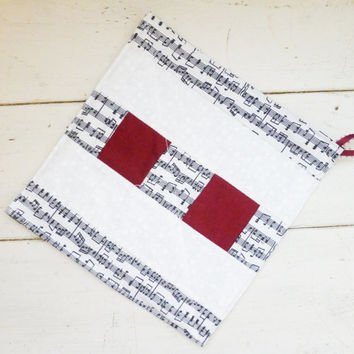 Quilted potholder / cotton hot pad / hoptad / trivet / red / music notes / black and white / cottage chic / shabby chic / ready to ship