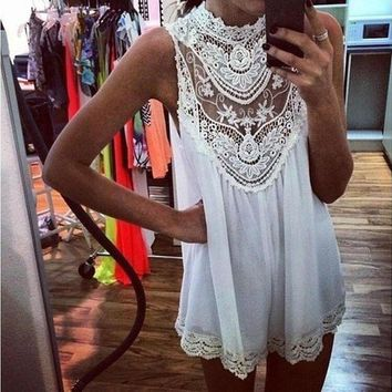 LMFUX5 HIGH COLLAR LACE WHITE DRESS