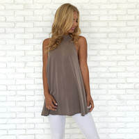 Precision Jersey Tunic Top In Mocha