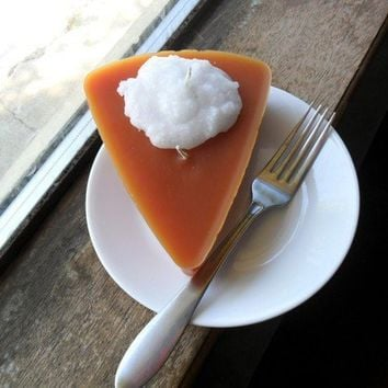 pumpkin pie candle 1 by cakeordeath5 on Etsy