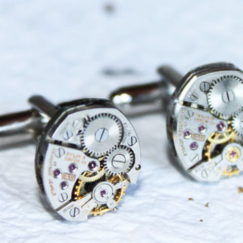 Black Friday Sale - BULOVA Men Steampunk Cufflinks - Vintage Watch Movement Steampunk Cufflinks - Black Friday Sale / Christmas Gift for Him