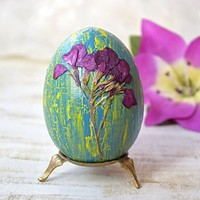 Easter decoration Wooden egg Rustic Easter wood egg with Real dried flower Easter decor Wood eggs Red Natural decoupage egg Rustic decor Happy Easter gift Easter table decoration
