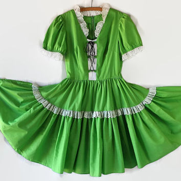 St Patrick's Day Dress / Dirndl / Peasant / Green / Swing / Square Dance