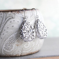 Silver Teardrop Filigree Earrings Boho Wedding Jewelry Bridesmaid Gift Rhodium Lace Modern Pear Filigree Floral Drop Eearrings Nickel Free