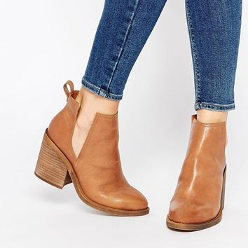 Windsor Smith Sharni Tan Leather Cut Out Ankle Boots