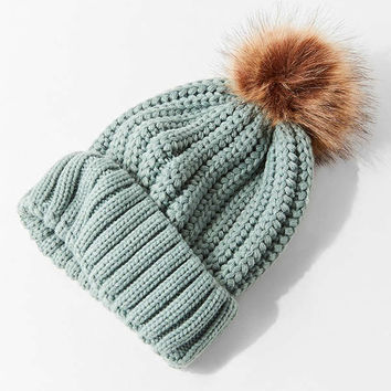 Chunky Knit Faux Fur Pompom Beanie | Urban Outfitters