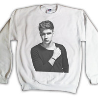 Holiday Sale - 17 Dollars - One Direction Liam Payne Black & White 006 Sweatshirt x Crewneck x Jumper x Sweater - All Sizes Available