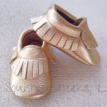 Gold Baby Moccasins, Genuine Leather Baby Shoes, Baby Moccasins with Fringe, Soft Sole Pre-Walker Shoes, Baby Gold Moccs, Toddler Moccasins