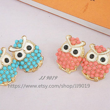 Cute Owl Stud Earrings, Beaded Owl earrings, 2 colors-Pink and Blue,Personalized Jewelry,Friendship Graduation Unique Gifts