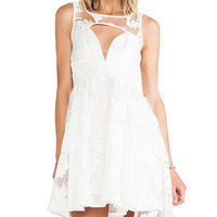 Style Stalker Prom Date Dress in White