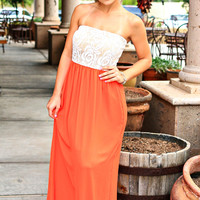 WHAT THE HEART WANTS LACE STRAPLESS MAXI DRESS IN ORANGE