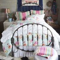 Junk Gypsy Rodeo Iron Bed