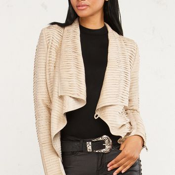 Textured Jackets For Fall Looks