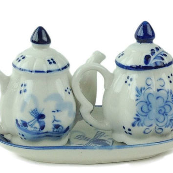 Ceramic Blue & White S&P Tea Pot Set