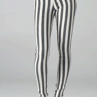 Jessie Vertical Striped Skinny Jeans In Vintage Wash Black/White | Thirteen Vintage