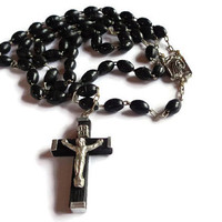 Vintage Italian Rosary . Black Beaded Rosary . Religious Crucifix Cross .