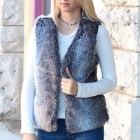 The Elli Faux Fur Vest {Charcoal Mix}