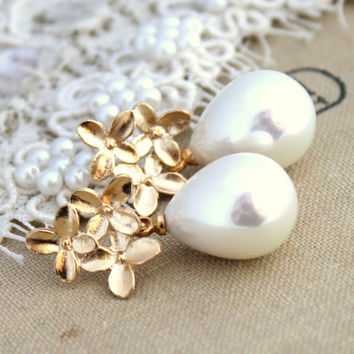 Bridal jewelry Pearls and gold earrings - 14K  Gold filled earrings with white Majorica perfect white pearls.