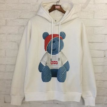 Supreme x LV Louis Vuitton Winter New Products plus velvet sweater men and women with hooded jacket