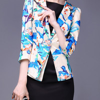 Notched Collar Floral Half Sleeve Blazer