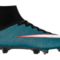 Women's Soft-Ground Soccer Cleat