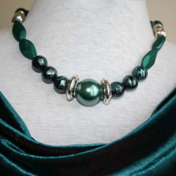 Beautiful Handmade Bottle Green Fashion Necklace For That Special Evening Out On Vacation Or A Dinner Dance